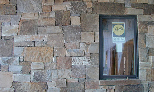 Ironmountain veneer from Pine's Stone Co.